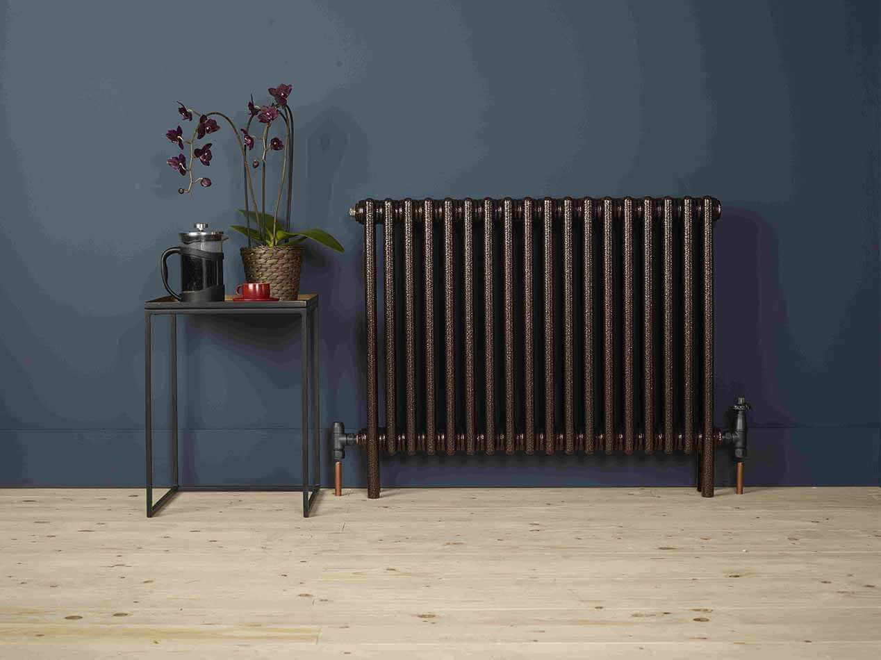 Zehnder-radiators-Charleston-Copper-Black